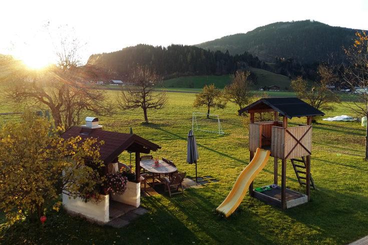 Garten & Spielplatz - Urlaub am Bauernhof in Flachau, Salzburg
